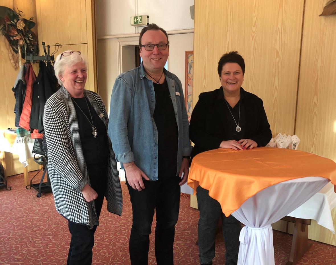 Von Links: Frau Born, Herr Knickmann und Frau Thiede