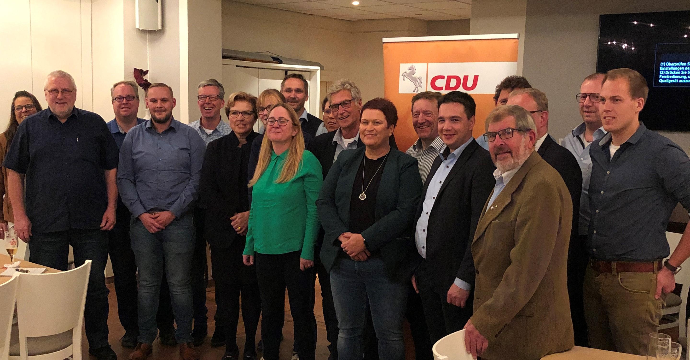 Vorstand CDU Stadtverband Twistringen inkl. MdL Marcel Scharrelmann und MdL Volker Meyer